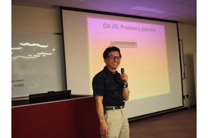 沈宗荏擔任圖書館與Wiley 出版社共同主辦之OA期刊講座的講者