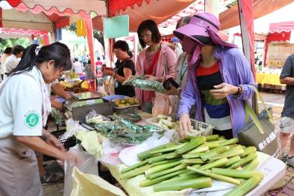 興大有機農夫市集11週年慶。