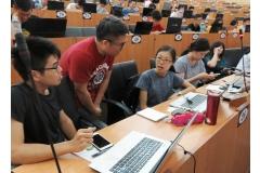 【公關組】興大手機程式開發課超熱門 培養跨域數位能力