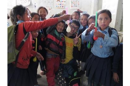 劉松旺至尼泊爾擔任國際志工。