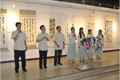 興大中文系學生詩歌吟唱。   唐復年/攝