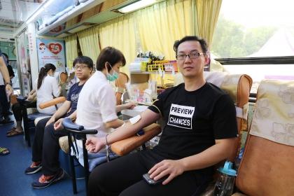 【蘋果日報】興大企管系校友捐出150袋鮮血,化母愛為大愛。蔡智銘攝