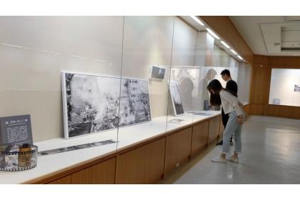 「他們的故事—蕭耀華攝影展」興大開展,設有「震殤之地」專區