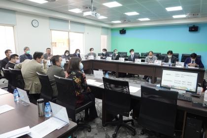 蔡東杰院長主持第一次會議
