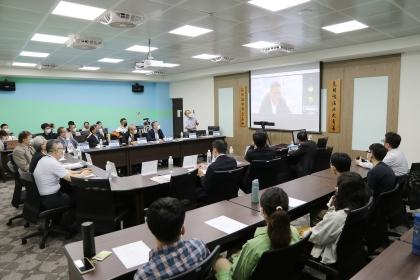 開幕式日本台灣交流協會橫地晃副代表,以視訊方式致詞。