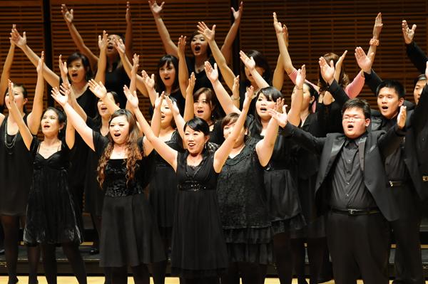 台北愛樂室內合唱團演出照片_《紐約卡內基音樂廳演出照片5(簡一夫/攝影)