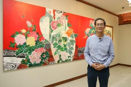 畫家吳榮宗在興大舉辦個展,展期至12月23日。