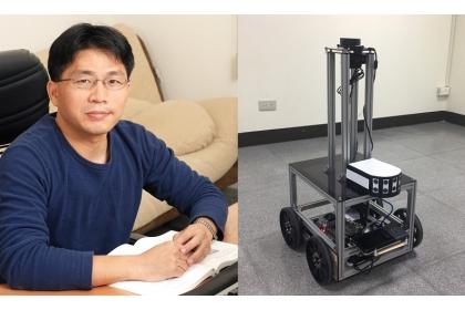 資工系主任張延任(左)與適用於人群環繞場所之智慧型自走式載具(右)。