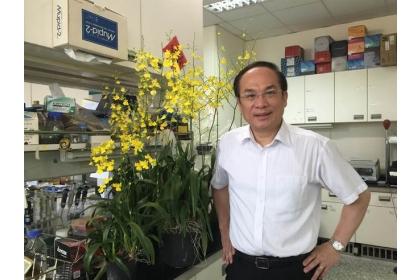 【中國時報】中興大學生物科技學研究所講座教授楊長賢,研究開花植物成效豐碩,獲頒教育部第21屆國家講座。(興大提供)