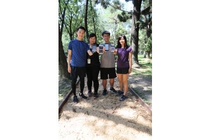 興大健康步道是國內第一條結合數位科技與健康樂活的校園步道,可即時監測PM2.5等空氣數值