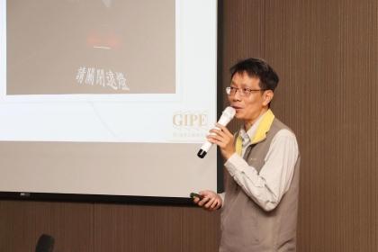 興大精密所特聘教授韓斌介紹應用ANSYS SPEOS軟體模擬開發之智慧車尾燈