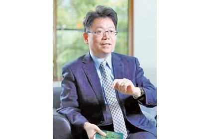 陳全木以46歲之齡成為國立中興大學最年輕的「終身特聘教授」。(陳全木提供)